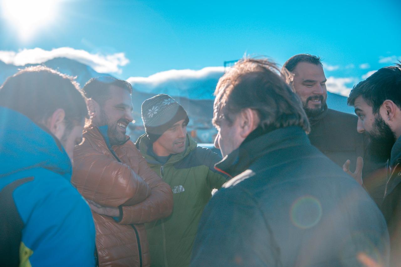 Pista de patinaje tachuela oyarz n un avance muy for Cabine del lago vuoto