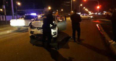 Rio Grande: Chocaron dos vehículos que realizaban servicios de deliverys