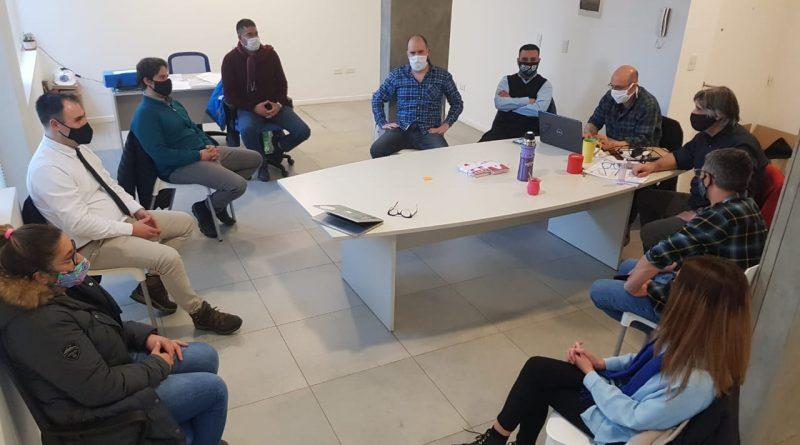 REUNIÓN DEL DIRECTORIO DE UISE CON UTA PARA OPTIMIZAR LAS MEDIDAS DE PREVENCIÓN DEL COVID-19 EN EL SERVICIO DE COLECTIVOS EN USHUAIA
