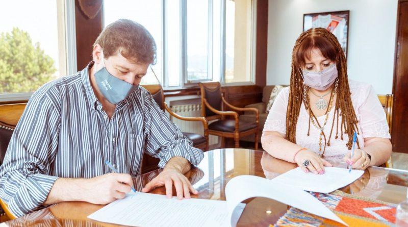 FIRMARON LA ADJUDICACIÓN DE LA OBRA DE LA NUEVA GUARDIA DE EMERGENCIA DEL HOSPITAL REGIONAL DE RÍO GRANDE