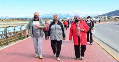 CON GRAN PARTICIPACIÓN DE CENTROS DE JUBILADOS COMENZARON LAS JORNADAS RECREATIVAS PARA MAYORES EN USHUAIA