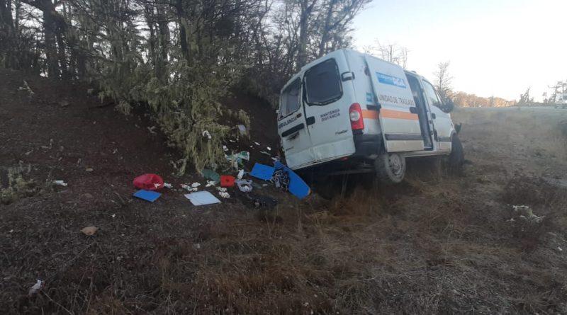 Ambulancia del municipio de Río Grande despistó en la zona de la guanaquera