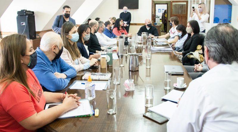 Autoridades de OSEF dieron su respaldo al proyecto de ley 'Dr. Pedro Rocha'